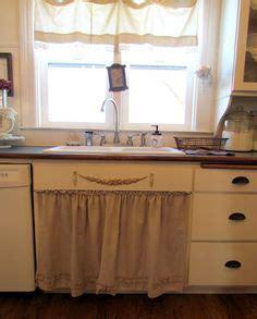 kitchen sink curtains 1000 images about kitchen on kitchen cabinets 2652