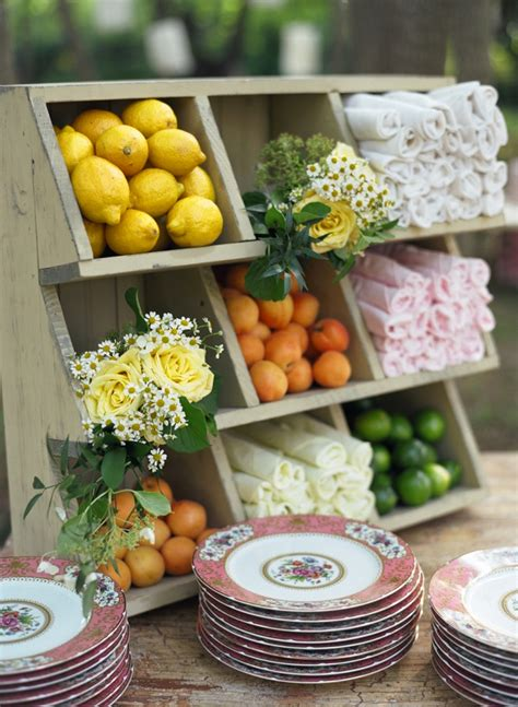 cuisine decorative memorable wedding your guide to wedding themes and