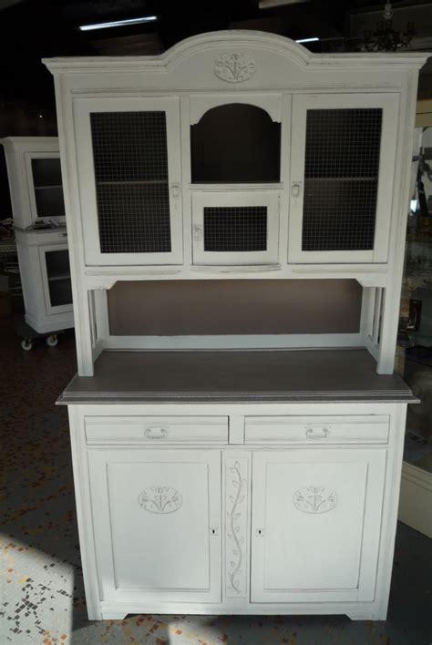 vieux bureau en bois vaisselier a peindre