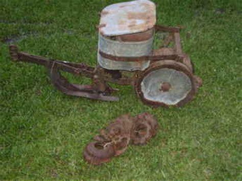 Used Farm Tractors For Sale Cole Planter (20090603