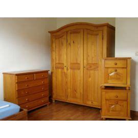 chambre en pin armoire de chambre en pin massif