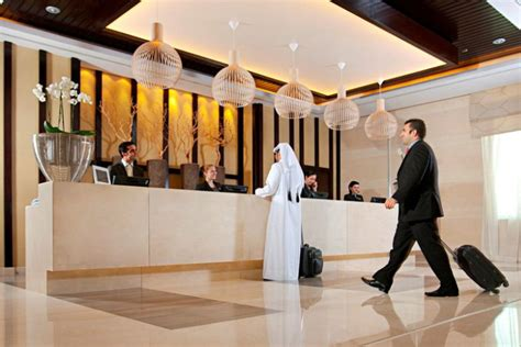 hotel front desk meeting topics industry expert your front desk team is key to meeting