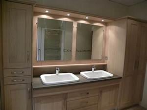 Salle De Bain En Bois : salle de bains moderne bois gilles martel ~ Teatrodelosmanantiales.com Idées de Décoration