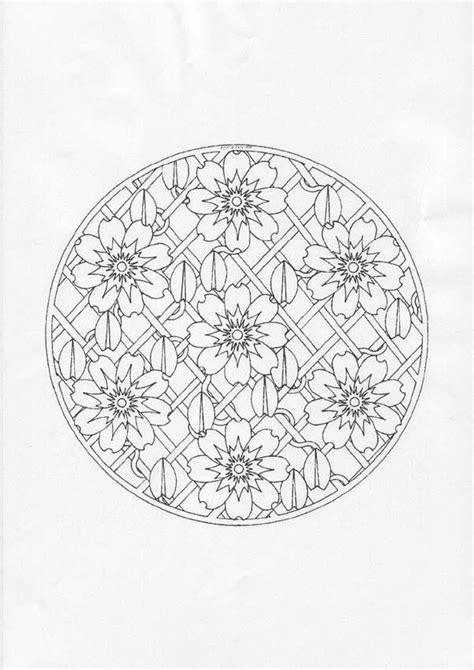 Desenhos para colorir de mandala floral -pt.hellokids.com