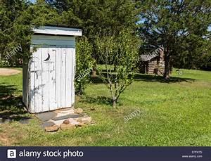 Was Ist Eine Toilette : nebengeb ude oder geheimrat geh use toilette clover hill village ist eine website mit ~ Whattoseeinmadrid.com Haus und Dekorationen