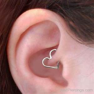 pain relief for infected ear piercing