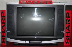 Sharp Great Alexander 21 U0026quot  Ctv With Free Stand Fan