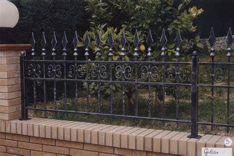 ringhiera in ferro per esterno recinzioni ringhiere in ferro battuto ds42 187 regardsdefemmes