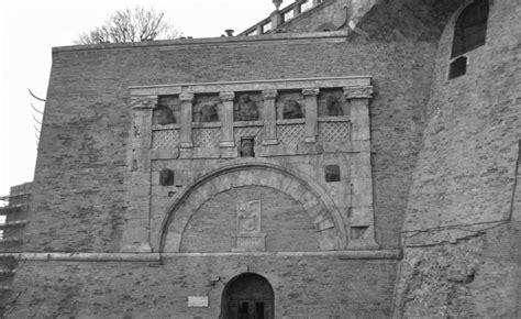 porta marzia perugia file porta marzia bn jpg wikimedia commons