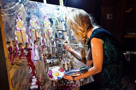 Live Event Painter and The Wedding Painting Relationship