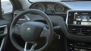 Interieur Peugeot 2008 Allure : design int rieur peugeot 2008 vid o officielle youtube ~ Medecine-chirurgie-esthetiques.com Avis de Voitures