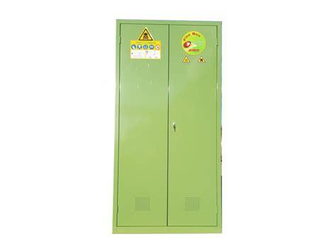armadietto metallico armadietto metallico per fitosanitari fito box fuel