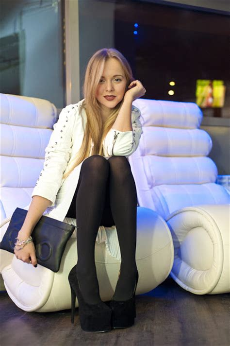 Fabulous Dressed Blogger Woman Darya From Russia