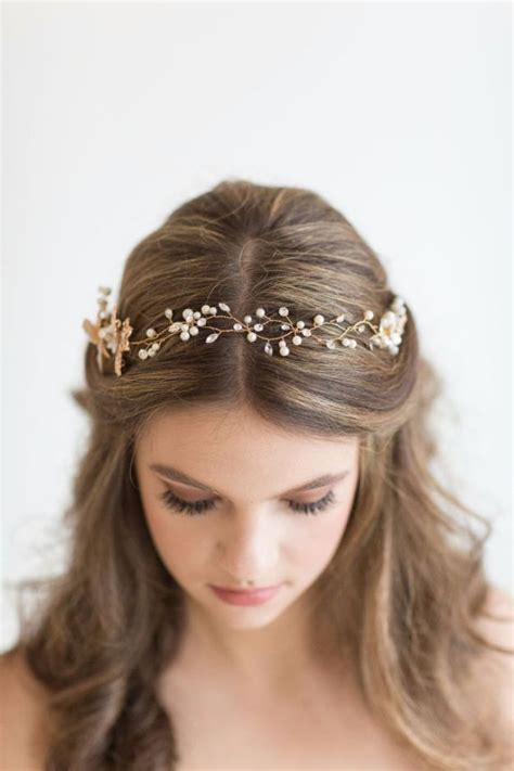 24 beautiful bridesmaid hairstyles for any wedding hair