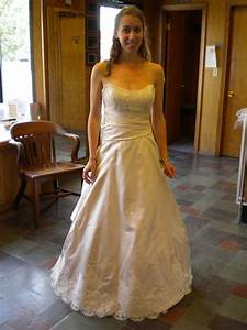 Wedding dress size 2 4ish or street size 0 2 can you post for Size 0 wedding dress