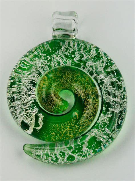 Glass Koru Pendant - Auckland Beads