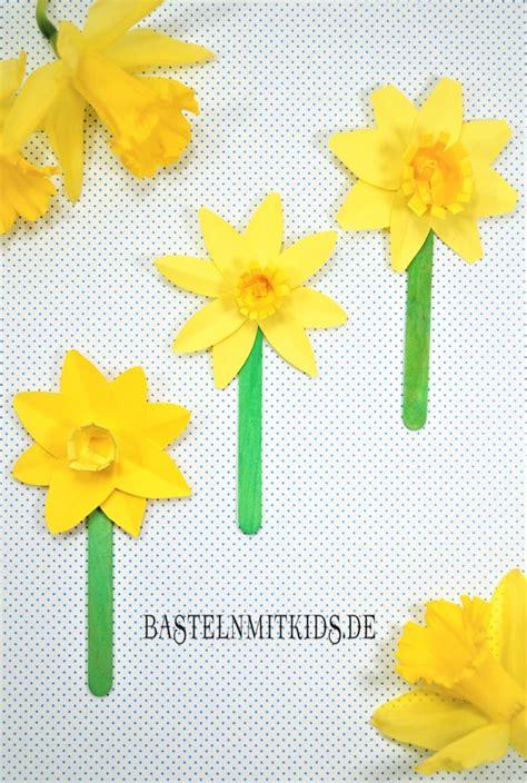 Frühlingsblumen Basteln Aus Papier by Papierblumen Basteln Bastelnmitkids