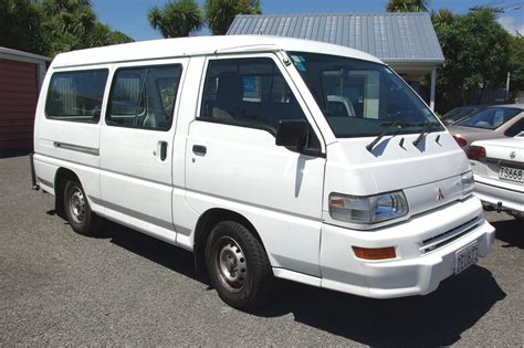Mitsubishi L300 Photo by Images For Gt Mitsubishi L300