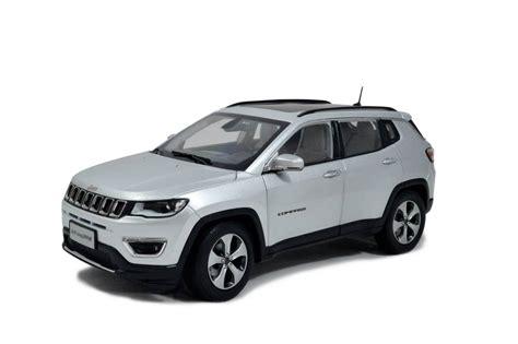 jeep compass   scale diecast model car paudi model