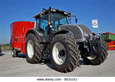 chambre agriculture deux sevres agriculture farm machinery big tractors and bailers
