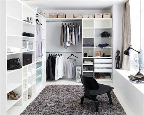 Das Ankleidezimmer Moderne Wohnideenankleideraum In Weiss by Ankleidezimmer Planen Eine L 228 Stige Oder Eher Spannende