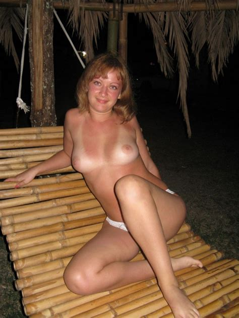 Horny Russian Milf Posing Totally Naked At Outdoors On