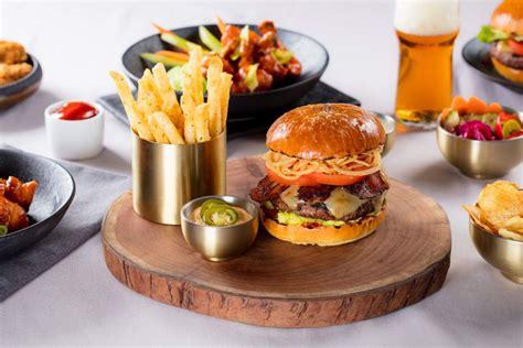 meet  lunch  specials  gordon ramsay hells