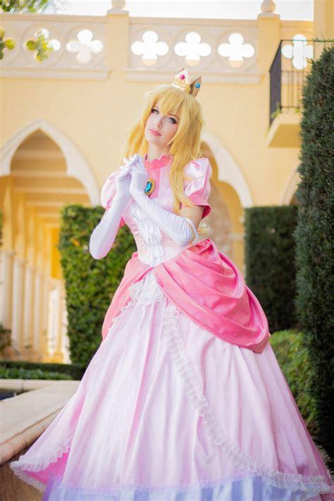 Princess Peach II by MeganCoffey on DeviantArt