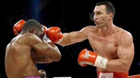 Mit Boxen by Boxen Wladimir Klitschko Boxt Vor 60 000 Fans Gegen Tyson