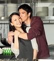 王力宏与妻子李靓蕾公开亮相 携手做喜饼_网易娱乐