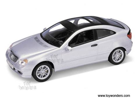 Kids love crashing toy cars. mercedes benz C Class Sports Coupe by Welly 1/24 scale diecast model car wholesale 2425SV