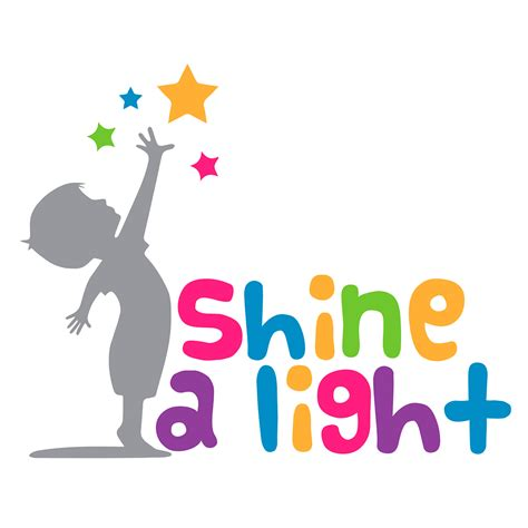 shine a light gifting photo shoots to families with children with