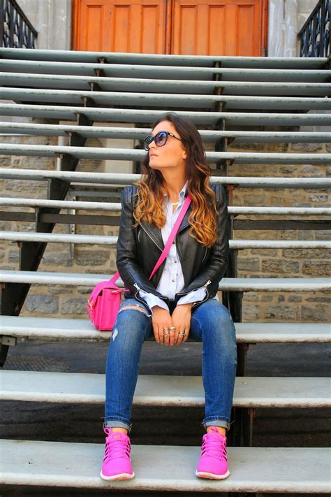 Outfit with sneakers nike pink sneakers outfit inspiration with sneakers distressed jeans ...