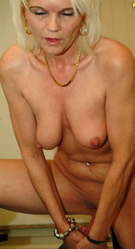 Milfs Over 60 Amateur Milfs Over 60