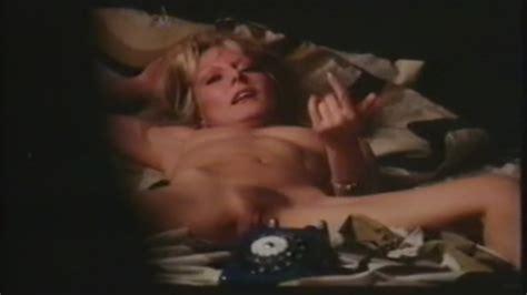 Naked Emmanuelle Parèze In Shocking