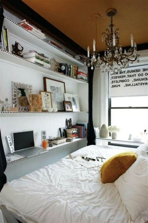 The amount of light must vary, like in nature, to give an organic feel to the room and to evoke a tone of harmony and peace. 60 Classy And Marvelous Bedroom Wall Design Ideas - The WoW Style