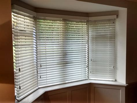 interior   window covered  solar shades lowes parksideseafoodcom