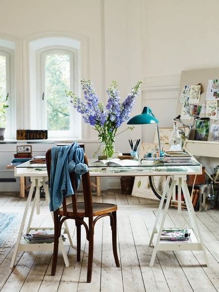 Totally Gorgeous Vintage & Shabby Chic Home Office Studios