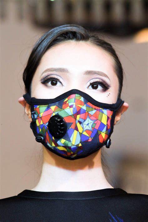 models makeup masks goyol fashion show