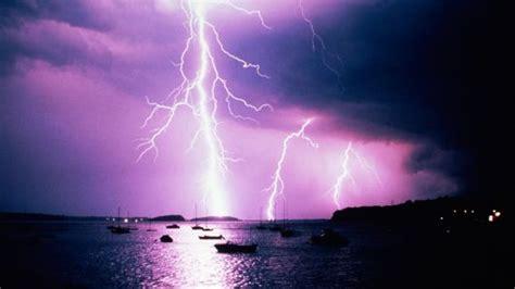 lightning strikes leave  badly hurt  france  germany