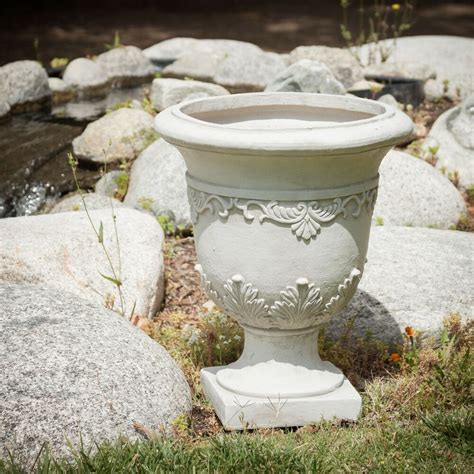 Outdoor Vases And Urns by 20 Quot Aged Design Outdoor Garden Urn Planter