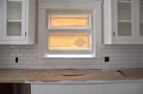 Beveled Subway Tile Backsplash : Beveled Edge Subway Tile Backsplash