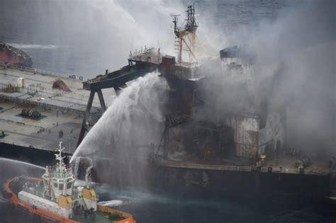 Sri Lanka navy plugs fuel leak on fire-stricken tanker ...