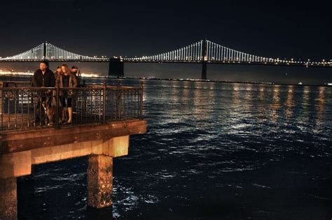 bay lights are back watch the artist reprogram the lights this week sfgate