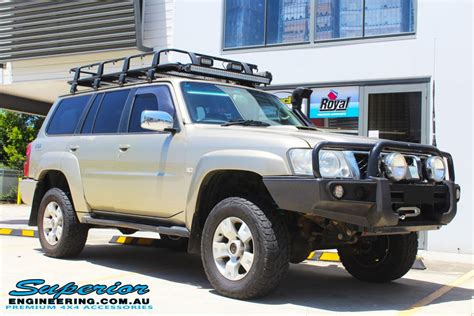nissan gu patrol wagon gold  superior customer