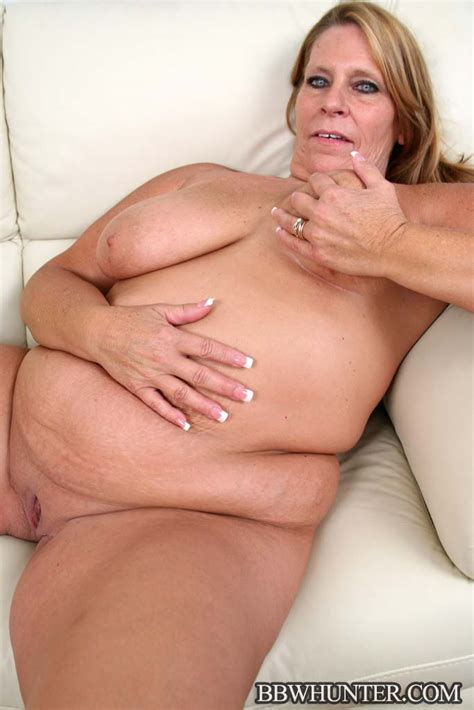 Bbw Hunter Large Milf Leighann Hooks Up With A Younger