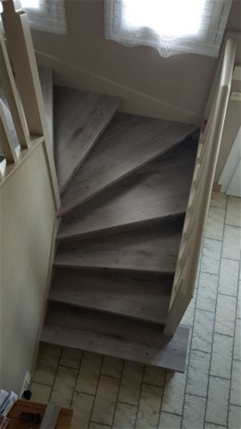 escalier en parquet stratifie escalier en parquet nez de marche pour parquet et sol stratifi 233 un nouvel escalier ou r 233 nover
