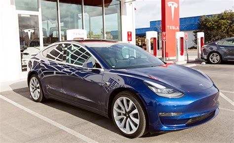tesla model  output     cars  week