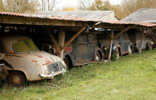 60 Vintage Cars Found In French Farm Garage After 50 Years ...