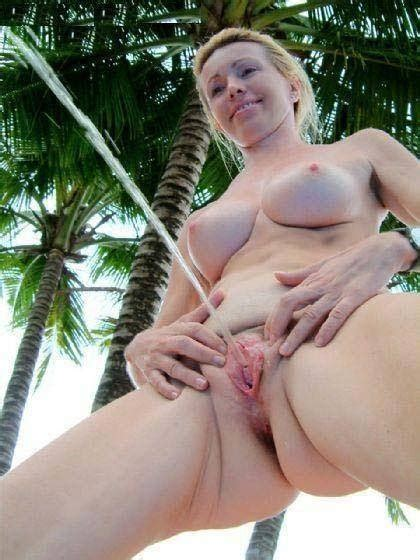 Peeing Girl Porn Pic Eporner